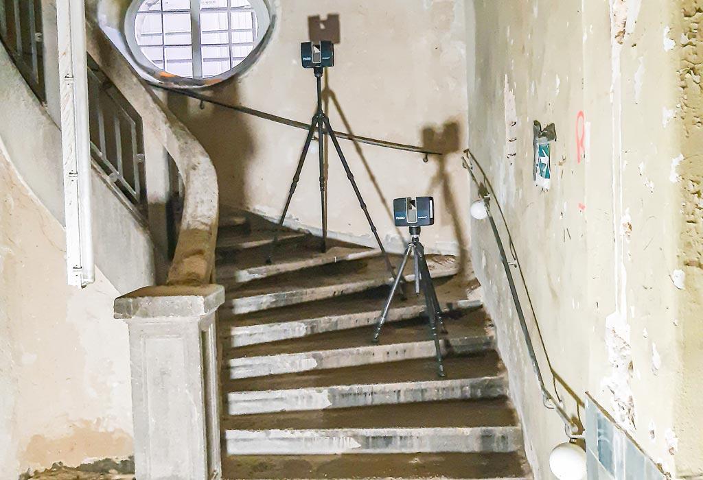 Vermessung einer denkmalgeschützten Treppe in der Hauptpost Nürnberg