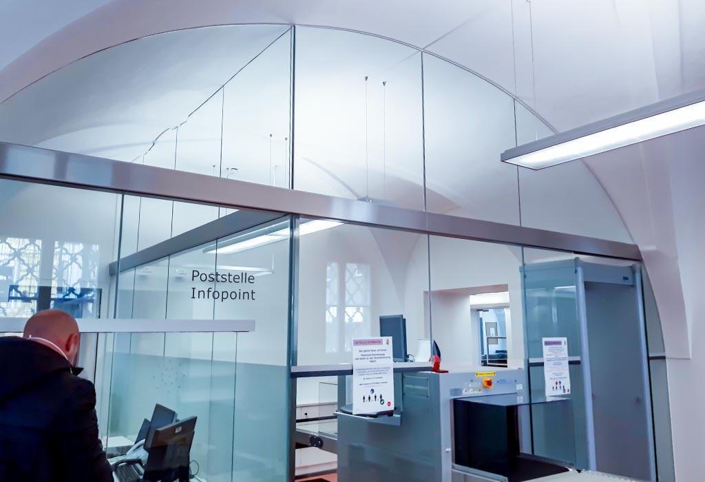 Gewölbevermessung für Glastrennwand